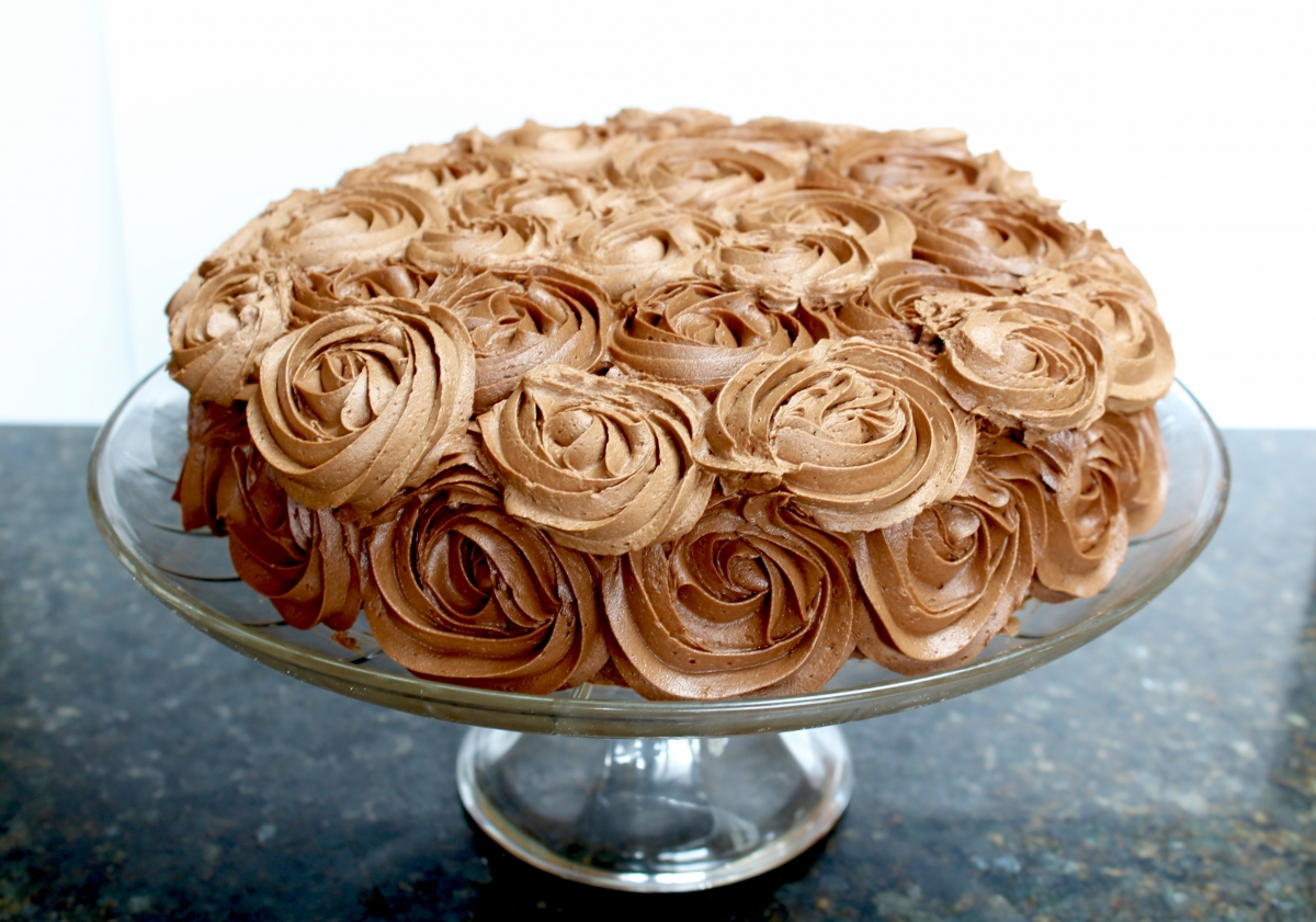 White Butter Cake with Chocolate Buttercream Frosting